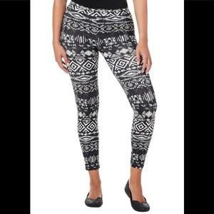 Poof! Juniors Leggings